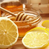 Lemon and honey for younger skin